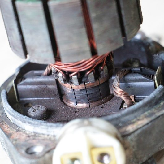 Ремонт моторчика блока ABS Mitsubisi Pajero